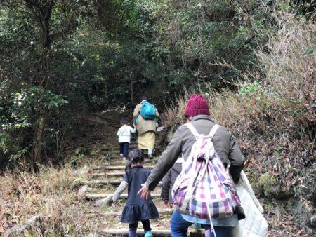 荒神社までの山道1